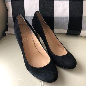Black heels 🖤